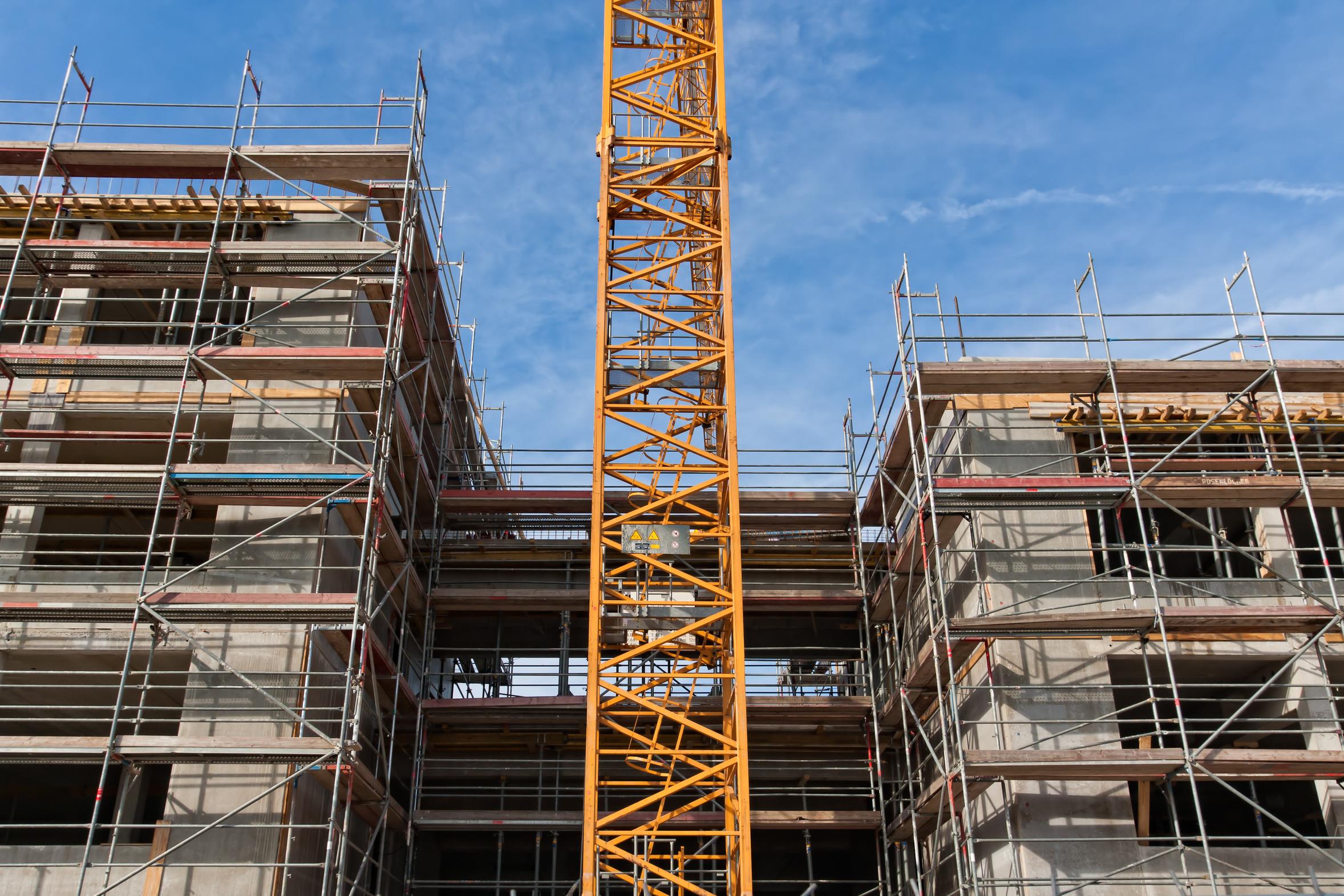 Die Begleitung von Baumaßnahmen in verschiedenen Bereichen des Bauens stellt einen Schwerpunkt unserer Arbeit dar.